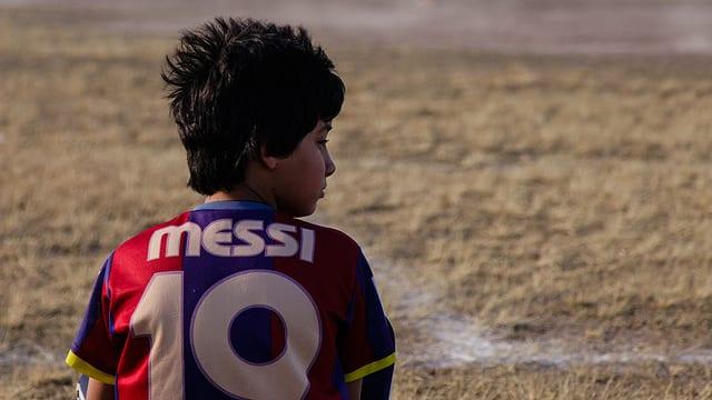 Video «Mein Idol Messi – auf Talentsuche in Argentinien» abspielen