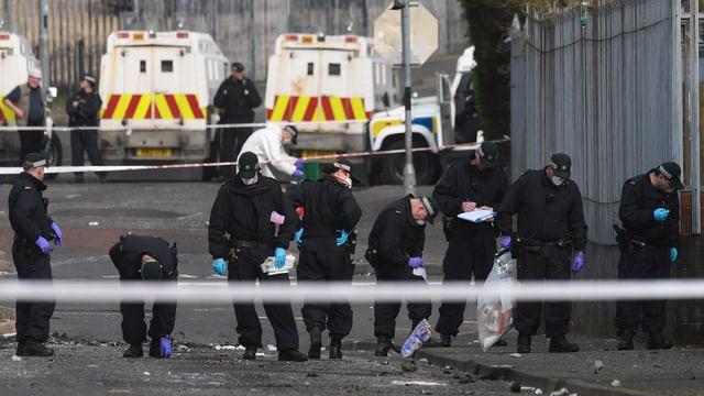 Policists intercureschan il lieu dal mazzament.
