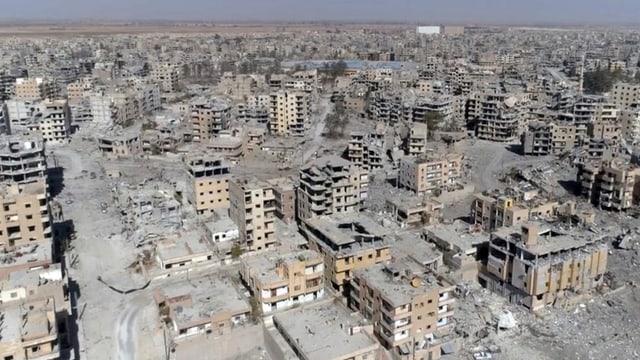 Zerstörte Stadt im Osten: Raqqa.