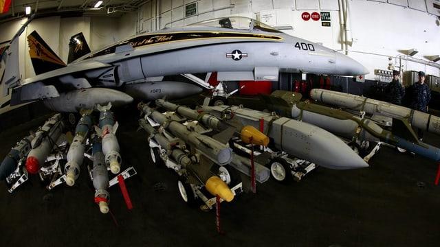 Eine Super Hornet auf einem US-Kampfschiff bei einem gemeinsamen Test vor der Küste Südkoreas.