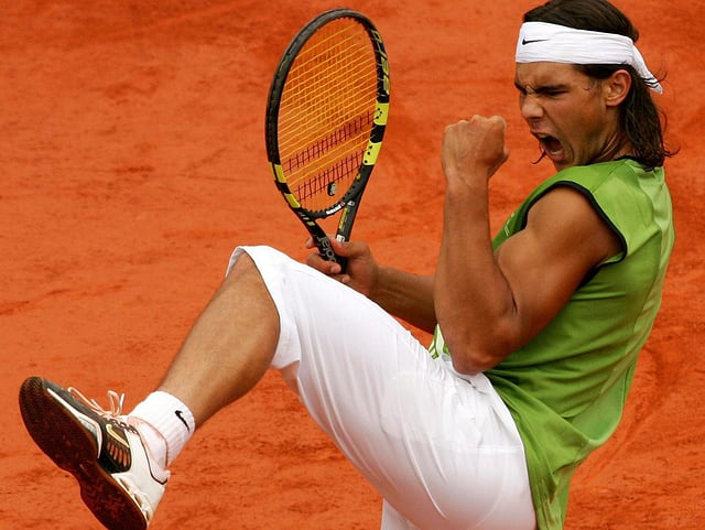Nadal freut sich über seinen ersten Titelgewinn in Paris.