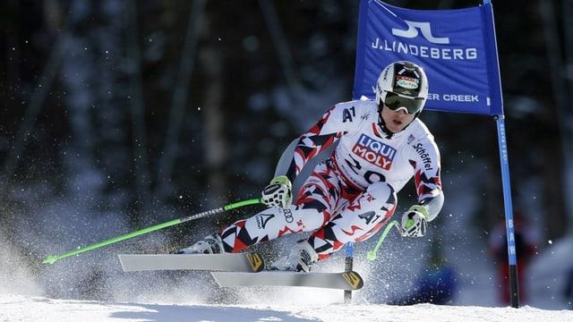 Il skiunz austriac Hannes Reichelt durant il super-G.