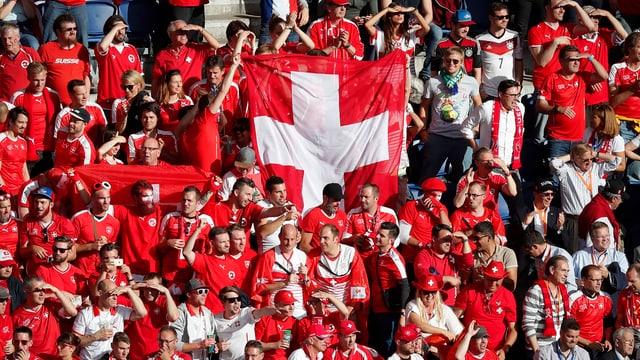 Schweizer Fans.