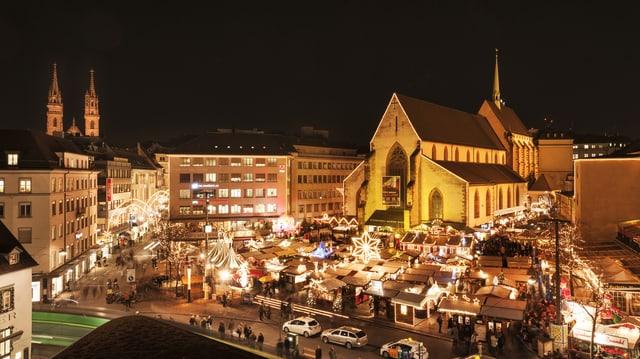 Der Basler Weihnachtsmarkt am Barfüsserplatz