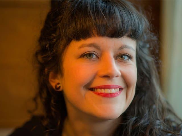 Porträtbild Nora Zukker