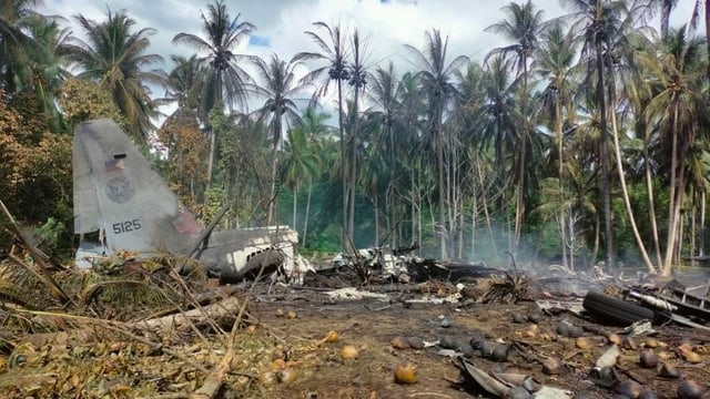 Überreste des Flugzeugs