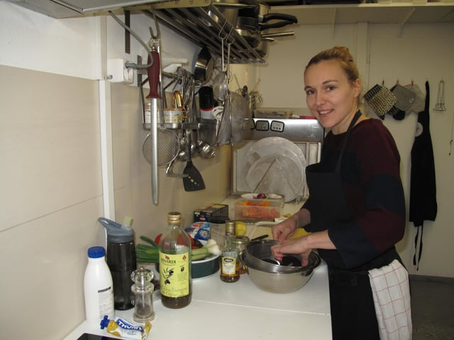 Marianne Frener, alias Mary Miso in ihrem Luzerner Kochatelier