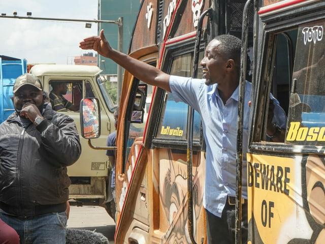 Matatu-Busfahrer James Kimani in Nairobi.