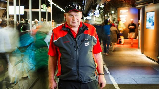 Andreas Wyss, Leiter technischer Unterhalt, trotzt den Tourismusströmen