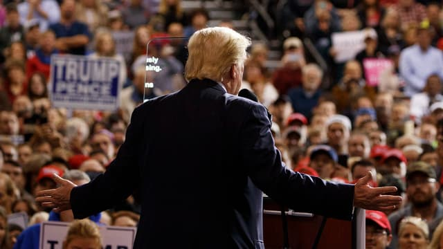 Trump spricht zu seinen Anhängern