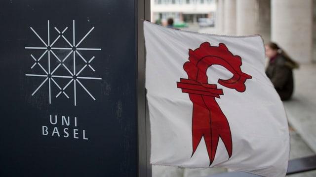 Unisignet und Baselbieterflagge