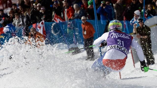 Luca Aerni beim Slalom von Adelboden
