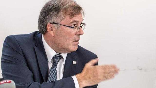Jean-Michel Cina.