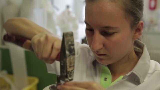 Video «Berufsbild: Orthopädistin EFZ» abspielen