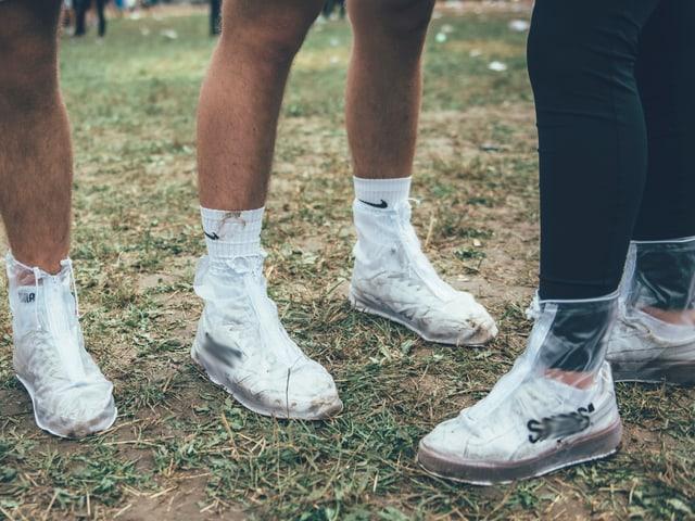 Sneakers eingepackt