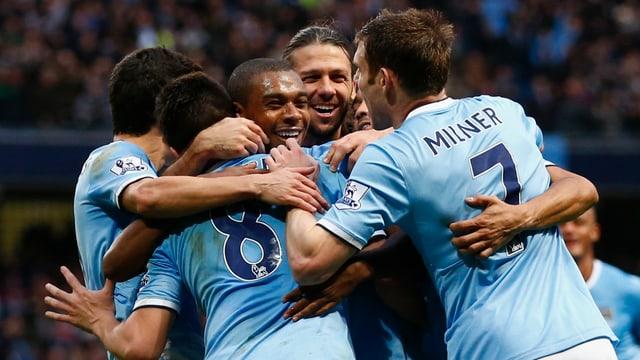 Jubelnde Manchester-Spieler