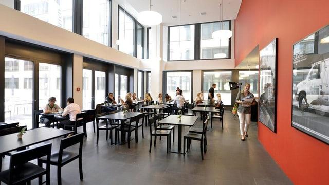 Die Cafeteria der neuen Hochschule an der Europaallee.