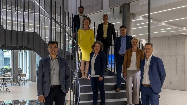 Cusseglier guvernativ Marcus Caduff, Nikolaus Schmid, Lilian Ladner, Arnold Bachmann, Maurus Blumenthal, Barbara Haller Rupf, Yvonne Brigger, Jon Erni (president).