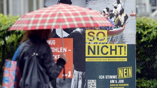Nein-Plakat zur Asylgesetz-Revision vom 9. Juni 2013.