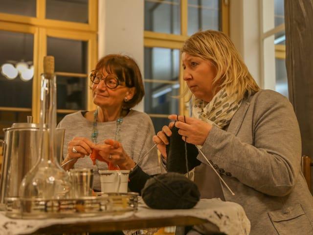 Anna e Marta fan chaltschiel.