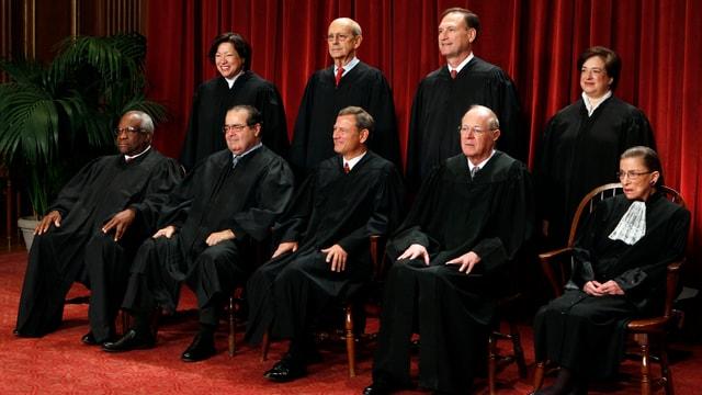 Gruppenbild der neun Richter des Supreme Courts 2016.