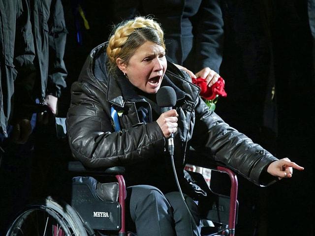 Timoschenko im Rollstuhl