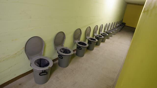 WCs in der ehemaligen Zivilschutzanlage Sonnenberg