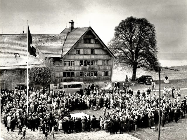 Grundsteinlegung in Trogen 1946
