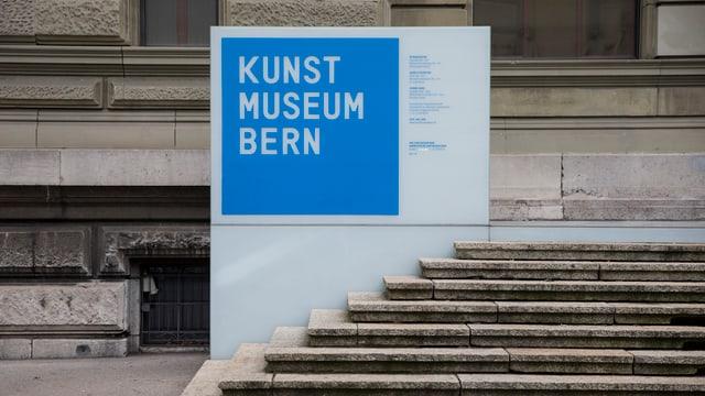 Entrada dal Muesum d'art Berna.