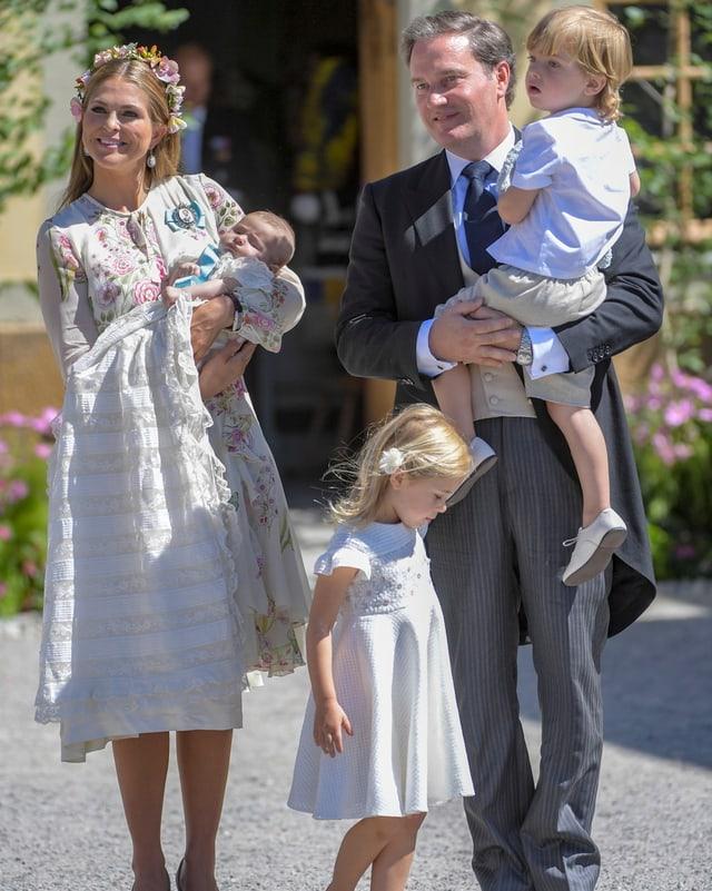 Schwedische Königsfamilie mit Kindern