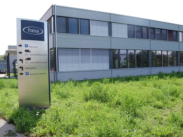 Die Fraisa SA in Bellach, Hauptsitz eines internationalen Spezialwerkzeugmaschinen-Unternehmens.