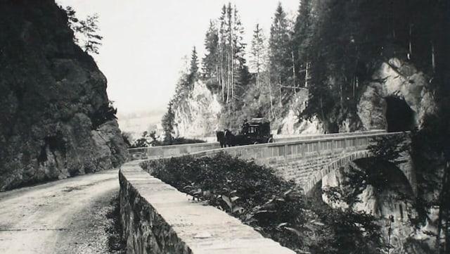 Postkarte mit der Chlusstaldenbrücke aus dem Jahr 1925.