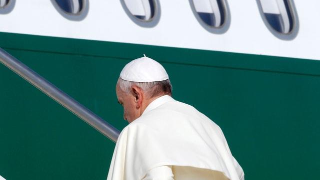 Papst besteigt in Rom Flugzeug nach Rio de Janeiro