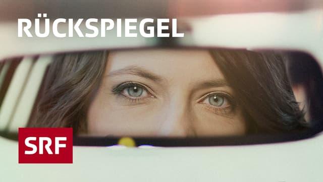 Mona Vetschs Gesicht in einem Rückspiegel.