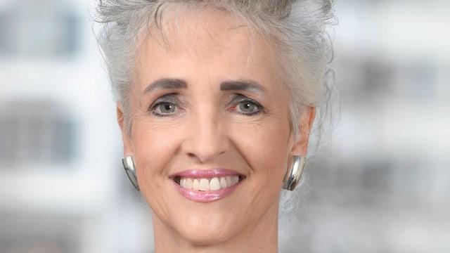 Portrait von Regierungsrätin Carmen Walker Späh