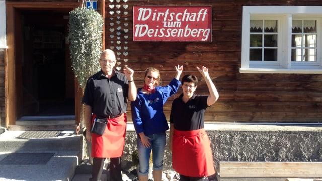 Video «Glarus – Tag 5 – Wirtschaft zum Weissenberg» abspielen