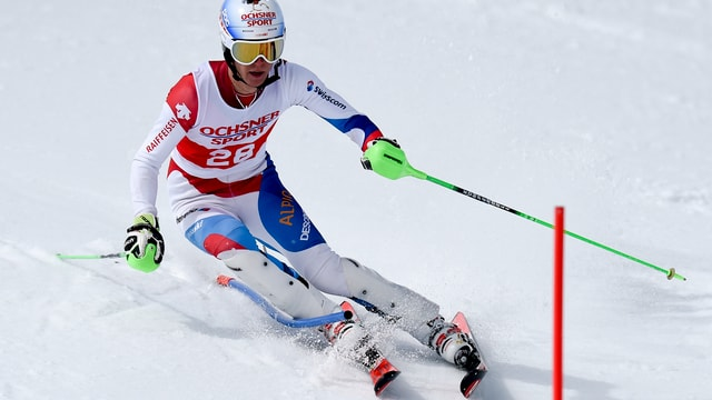 Sandro Simonet durant il slalom dal campiunadi svizzer il 2015 a San Murezzan.