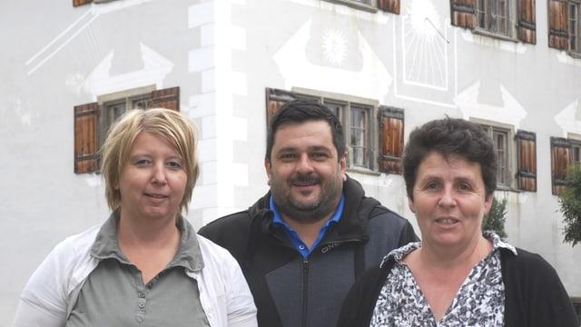 Ina part dal comité d'organisaziun (da san.): Georgina Janki (medias), Claudio Cavelti (finanzas), Martina Beeli (presidenta).