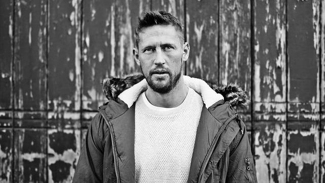 Über 100 Releases und Remixes für Acts wie Sascha Braemer, Joeski und Kaiserdisco, schmücken aktuell seine Diskografie.