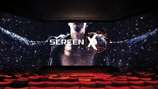 Totale eines 270-Grad-Kinosaals (Sceen X).