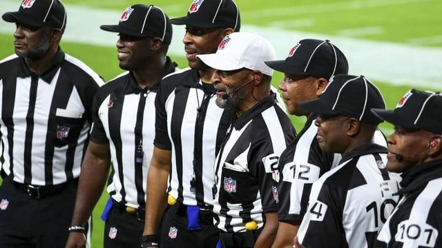 Erste schwarze Schiedsrichter-Crew in der NFL