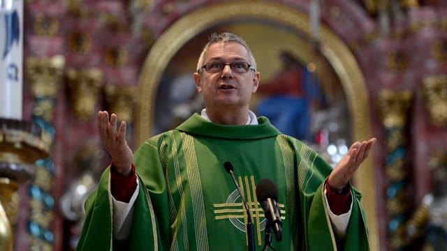 il spiritual en ornat da messa
