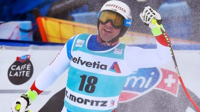 Il skiunz Beat Feuz a San Murezzan.