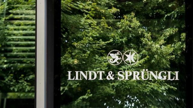 L'entrada dal concern Lindt & Sprüngli a la sedia a Klichberg en il chantun Turitg.