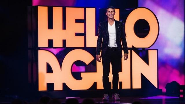 Roman Kilchsperger auf der Bühne bei «Hello Again!»
