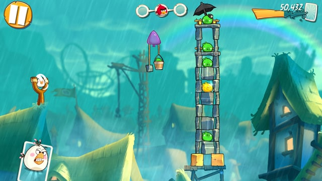 Denn der Turm ist zu hoch, dass sie ihre Ei-Bombe fallen lassen könnte.