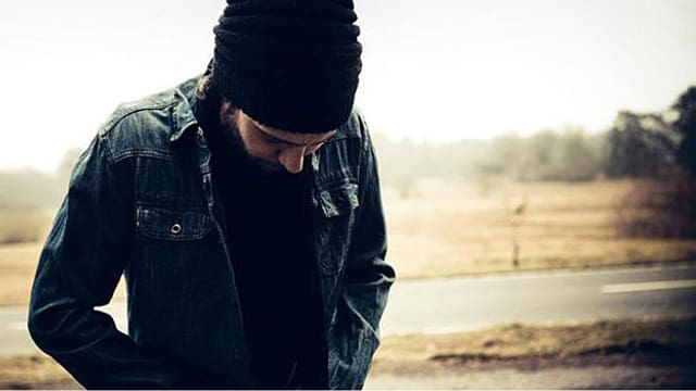 Das Cover seines Albums «Sunshine and Snow» zeigt einen nachdenklichen Reto Burrell.
