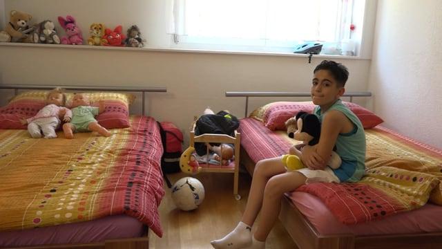 Kusai in seinem Zimmer