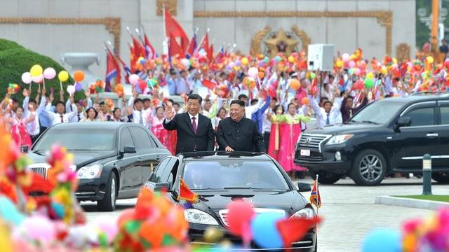 Pompöser Empfang in Pjöngjang: (v.l.) Xi Jinping und Kim Jong-un.