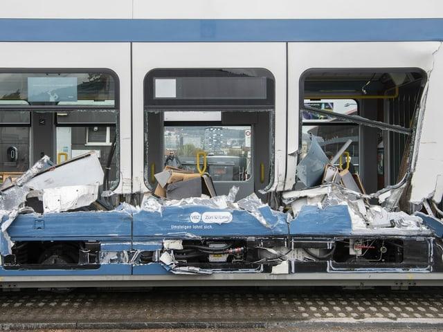 Aufgeschlitztes Zürcher Tram